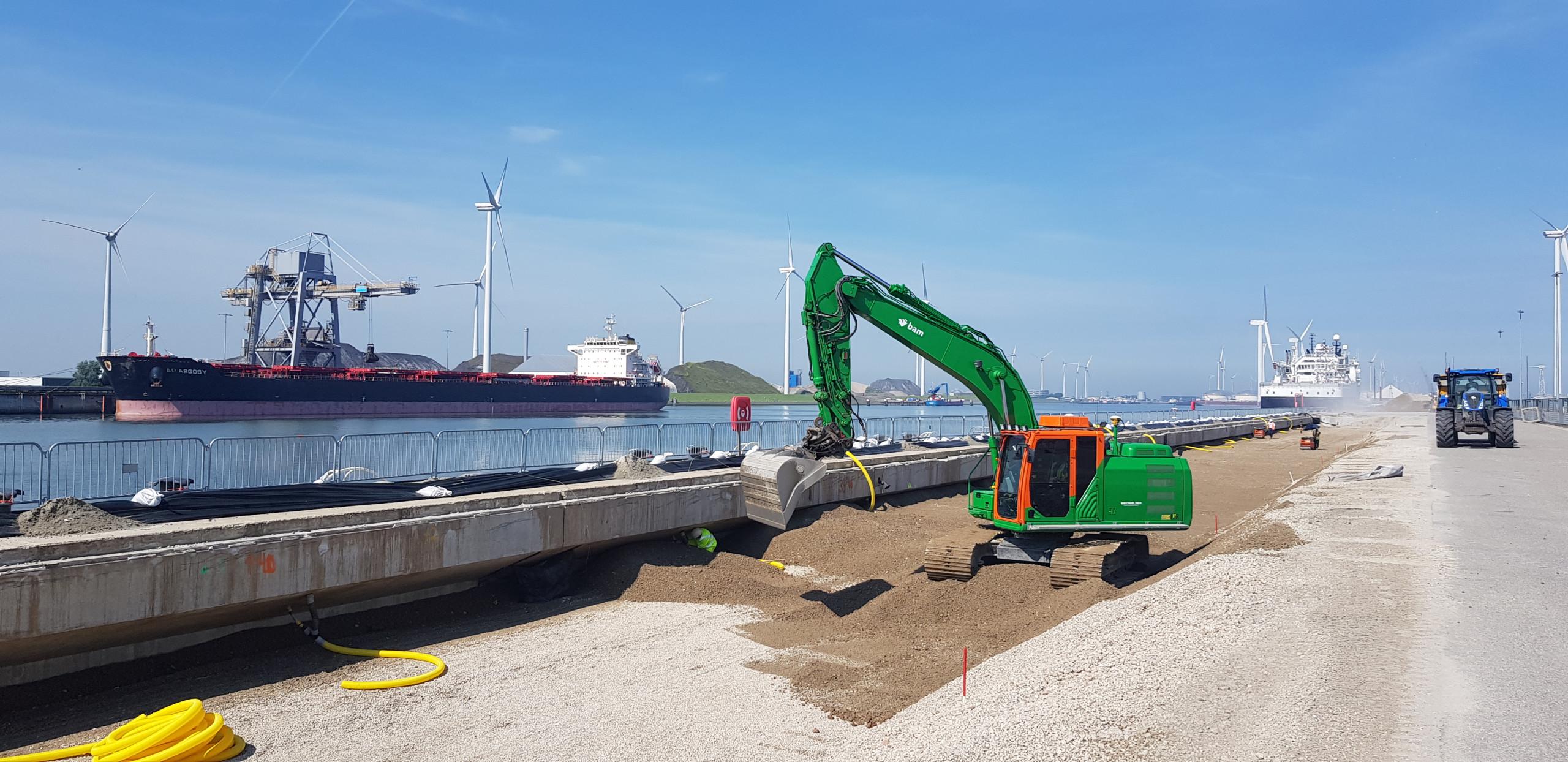 Werk Eemshaven - Wilhelminakade | Wegenbouw | IJslandse Bims